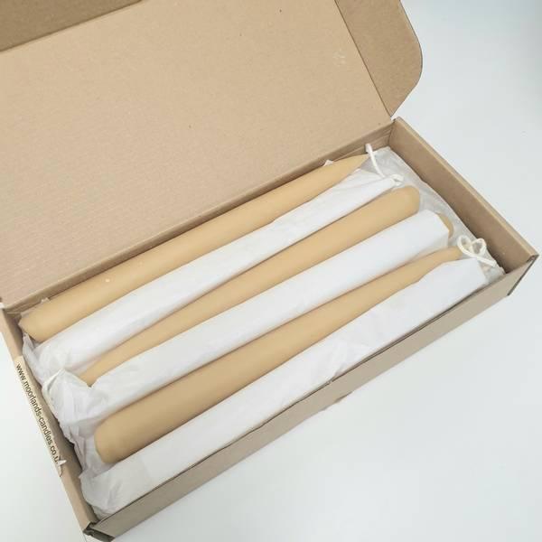 Bilde av 12 stk kronelys i bivoks, 23 cm / Moorland Candles